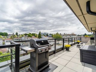 "Photo 30: PH1 1777 KINGSWAY Avenue in Vancouver: Victoria VE Condo for sale in ""NORTHVIEW LANDING"" (Vancouver East)  : MLS®# R2474993"