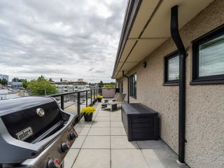 "Photo 31: PH1 1777 KINGSWAY Avenue in Vancouver: Victoria VE Condo for sale in ""NORTHVIEW LANDING"" (Vancouver East)  : MLS®# R2474993"