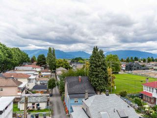 "Photo 35: PH1 1777 KINGSWAY Avenue in Vancouver: Victoria VE Condo for sale in ""NORTHVIEW LANDING"" (Vancouver East)  : MLS®# R2474993"