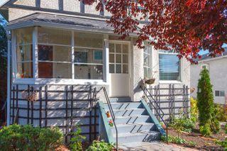 Photo 3: 3043 Washington Ave in : Vi Burnside House for sale (Victoria)  : MLS®# 851880