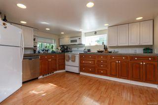Photo 18: 3043 Washington Ave in : Vi Burnside Single Family Detached for sale (Victoria)  : MLS®# 851880