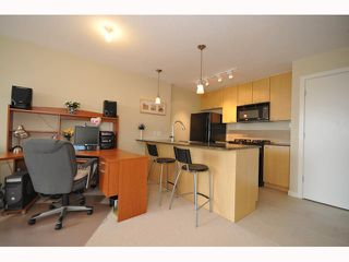 "Photo 4: 709 7178 COLLIER Street in Burnaby: Highgate Condo for sale in ""ARCADIA"" (Burnaby South)  : MLS®# V817202"