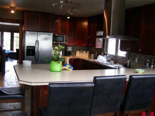 Photo 4: 6651 WILTSHIRE Street in Sardis: Sardis West Vedder Rd House for sale : MLS®# H1002599