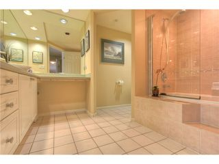 "Photo 9: 212 3690 BANFF Court in North Vancouver: Northlands Condo for sale in ""PARKGATE MANOR"" : MLS®# V843852"