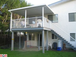 Photo 9: 9245 140TH Street in Surrey: Bear Creek Green Timbers 1/2 Duplex for sale : MLS®# F1027354