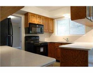 Photo 2: 909 DEAL Street in No_City_Value: Out of Town House for sale : MLS®# V725724
