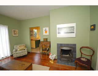 Photo 2: 1354 E 15TH Avenue in Vancouver: Grandview VE House for sale (Vancouver East)  : MLS®# V725842
