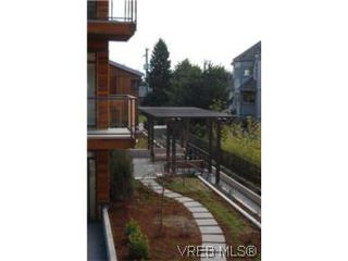 Photo 11: 202 3614 richmond Rd in VICTORIA: SE Mt Tolmie Condo Apartment for sale (Saanich East)  : MLS®# 498925