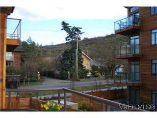 Photo 12: 202 3614 richmond Rd in VICTORIA: SE Mt Tolmie Condo Apartment for sale (Saanich East)  : MLS®# 498925