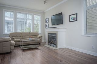 """Photo 2: 72 19932 70 Avenue in Langley: Willoughby Heights Townhouse for sale in """"SUMMERWOOD"""" : MLS®# R2405214"""