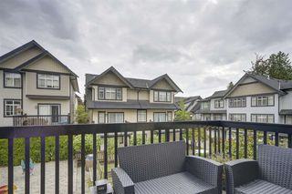 """Photo 19: 72 19932 70 Avenue in Langley: Willoughby Heights Townhouse for sale in """"SUMMERWOOD"""" : MLS®# R2405214"""
