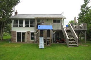 Photo 1: 229 Mcguires Beach Road in Kawartha L: House (Bungalow-Raised) for sale (X22: ARGYLE)  : MLS®# X1676934