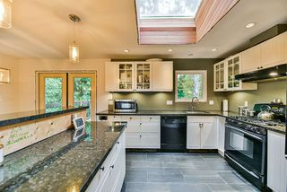 Photo 6: 5011 204TH Street in Langley: Langley City House for sale : MLS®# R2414334