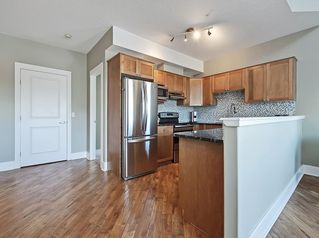 Photo 5: 304 15204 BANNISTER Road SE in Calgary: Midnapore Apartment for sale : MLS®# C4306058