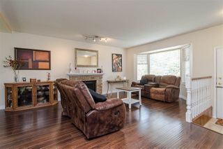 "Photo 2: 21560 93B Avenue in Langley: Walnut Grove House for sale in ""WALNUT GROVE"" : MLS®# R2479302"