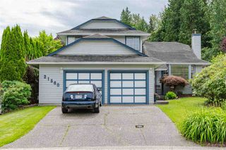 "Photo 1: 21560 93B Avenue in Langley: Walnut Grove House for sale in ""WALNUT GROVE"" : MLS®# R2479302"
