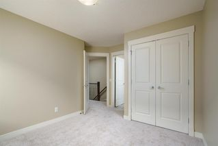 Photo 17: 722 56 Avenue SW in Calgary: Windsor Park Row/Townhouse for sale : MLS®# A1020099