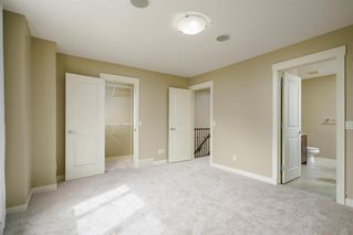 Photo 14: 722 56 Avenue SW in Calgary: Windsor Park Row/Townhouse for sale : MLS®# A1020099