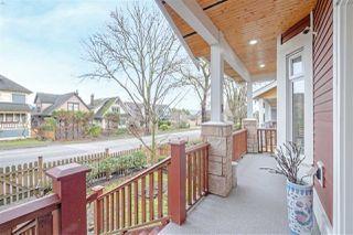 Photo 3: 754 E 12TH Avenue in Vancouver: Mount Pleasant VE 1/2 Duplex for sale (Vancouver East)  : MLS®# R2528099