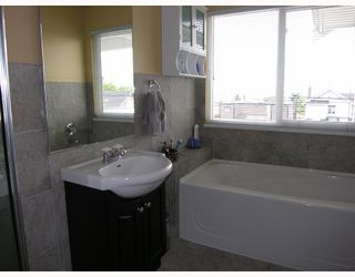 Photo 8: 315 E 6TH Street in North_Vancouver: Lower Lonsdale House 1/2 Duplex for sale (North Vancouver)  : MLS®# V718274