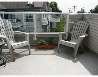 """Photo 5: 402 3480 MAIN Street in Vancouver: Main Condo for sale in """"THE NEWPORT"""" (Vancouver East)  : MLS®# V718435"""