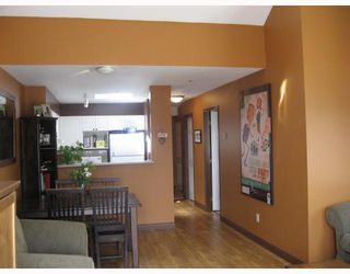 """Photo 3: 402 3480 MAIN Street in Vancouver: Main Condo for sale in """"THE NEWPORT"""" (Vancouver East)  : MLS®# V718435"""