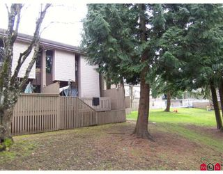 "Photo 9: 82 13766 103RD Avenue in Surrey: Whalley Townhouse for sale in ""THE MEADOWS"" (North Surrey)  : MLS®# F2904642"