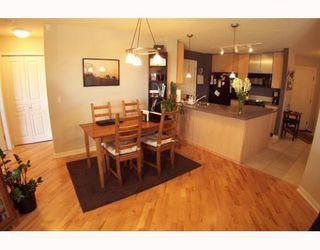 Photo 2: 134 30 RICHARD Court SW in CALGARY: Lincoln Park Condo for sale (Calgary)  : MLS®# C3373579
