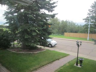 Photo 3: 168 CLAREVIEW Road in Edmonton: Zone 35 House for sale : MLS®# E4166296