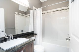 """Photo 15: 7 35626 MCKEE Road in Abbotsford: Abbotsford East Townhouse for sale in """"LEDGEVIEW VILLAS"""" : MLS®# R2434414"""