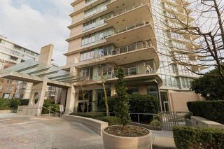 """Photo 20: 1103 1328 MARINASIDE Crescent in Vancouver: Yaletown Condo for sale in """"THE CONCORD"""" (Vancouver West)  : MLS®# R2444768"""