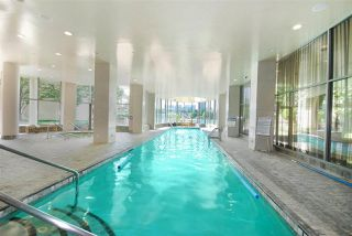 """Photo 19: 1103 1328 MARINASIDE Crescent in Vancouver: Yaletown Condo for sale in """"THE CONCORD"""" (Vancouver West)  : MLS®# R2444768"""