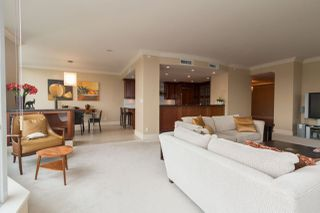 """Photo 6: 1103 1328 MARINASIDE Crescent in Vancouver: Yaletown Condo for sale in """"THE CONCORD"""" (Vancouver West)  : MLS®# R2444768"""
