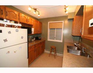Photo 9: 220 2211 29 Street SW in CALGARY: Killarney Glengarry Condo for sale (Calgary)  : MLS®# C3391379