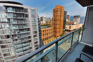 """Photo 14: 2301 233 ROBSON Street in Vancouver: Downtown VW Condo for sale in """"TV TOWERS 2"""" (Vancouver West)  : MLS®# V783514"""