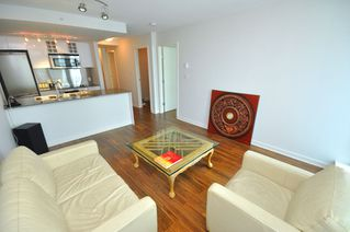 """Photo 22: 2301 233 ROBSON Street in Vancouver: Downtown VW Condo for sale in """"TV TOWERS 2"""" (Vancouver West)  : MLS®# V783514"""