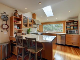 Photo 7: 2776 SEA VIEW Rd in : SE Ten Mile Point House for sale (Saanich East)  : MLS®# 845381