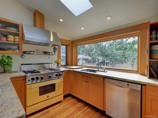 Photo 8: 2776 SEA VIEW Rd in : SE Ten Mile Point House for sale (Saanich East)  : MLS®# 845381
