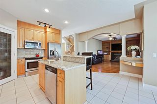 Photo 10: 165 STRATHLEA Place SW in Calgary: Strathcona Park Detached for sale : MLS®# A1025551