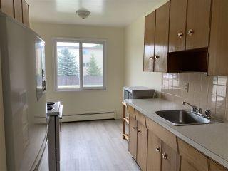 Photo 7: 15 10164 150 Street in Edmonton: Zone 21 Condo for sale : MLS®# E4213498