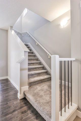 Photo 7: 6413 170 Avenue in Edmonton: Zone 03 House Half Duplex for sale : MLS®# E4213604