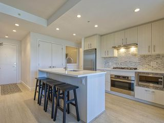 """Photo 4: 1205 518 WHITING Way in Coquitlam: Coquitlam West Condo for sale in """"UNION"""" : MLS®# R2496616"""