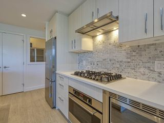 """Photo 6: 1205 518 WHITING Way in Coquitlam: Coquitlam West Condo for sale in """"UNION"""" : MLS®# R2496616"""
