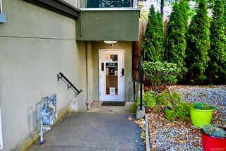 Photo 1: 102 832 Fisgard St in : Vi Downtown Office for lease (Victoria)  : MLS®# 858625