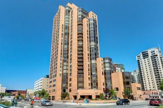 Main Photo: 1602 1100 8 Avenue SW in Calgary: Downtown West End Apartment for sale : MLS®# A1058809