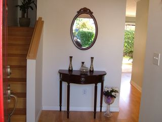 "Photo 2: 43 889 TOBRUCK Avenue in North Vancouver: Hamilton Townhouse for sale in ""TOBRUCK GARDENS"" : MLS®# V790090"