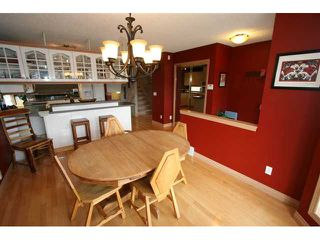 Photo 7: 250 25 Avenue NE in CALGARY: Tuxedo Residential Detached Single Family for sale (Calgary)  : MLS®# C3421200