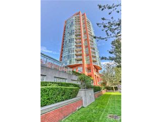 "Photo 10: 1702 907 BEACH Avenue in Vancouver: False Creek North Condo for sale in ""CORAL COURT"" (Vancouver West)  : MLS®# V849417"