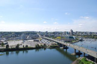 Photo 7: 2306 918 COOPERAGE Way in Vancouver: False Creek North Condo for sale (Vancouver West)  : MLS®# V854637