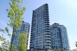 Photo 1: 2306 918 COOPERAGE Way in Vancouver: False Creek North Condo for sale (Vancouver West)  : MLS®# V854637